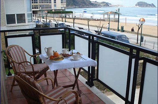 surf, accommodation, zarautz