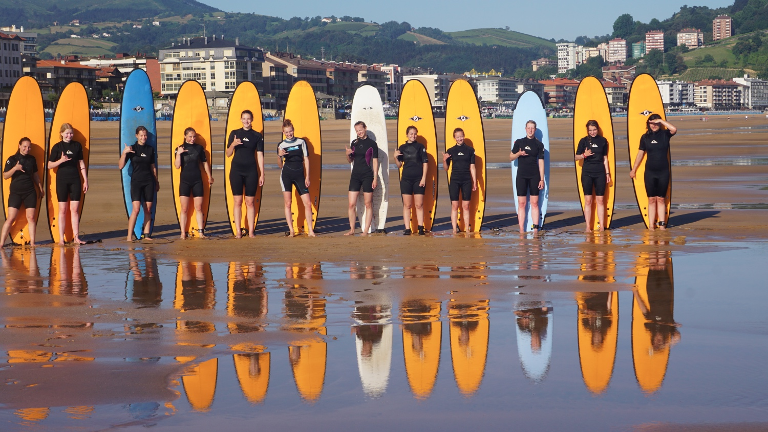 surf camp and classes for groups, schools, friends, business